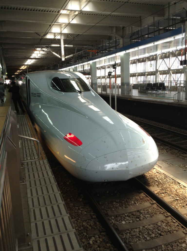 07_japan_travel_photography_shinkansen_1